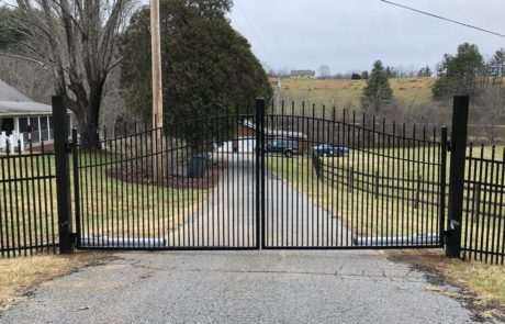 closed gate operator for residential driveway