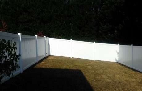 pvc fence taking a right angle